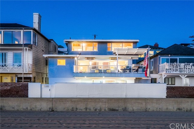 3031 The Strand, Hermosa Beach, CA 90254