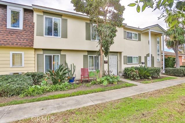 8121  Wildwood Circle, Huntington Beach, California