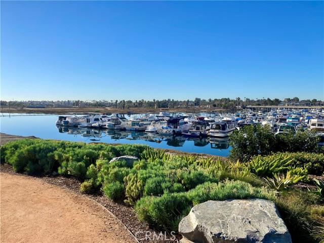 6203 Golden Sands Lane, Long Beach CA: http://media.crmls.org/medias/cff38fc1-30e7-4ecb-947b-0202a2b554f4.jpg