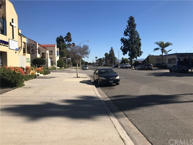 1811 E Center St, Anaheim, CA 92805 Photo 6