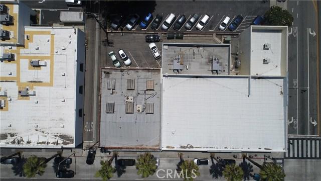 1414 Wilshire Boulevard, Santa Monica CA: http://media.crmls.org/medias/cffaeeb8-3235-478f-8b7b-309c018879a9.jpg