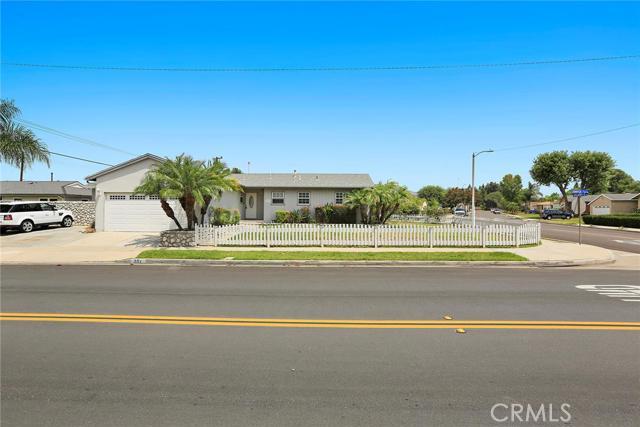 Single Family Home for Sale at 307 Juniper St Brea, California 92821 United States