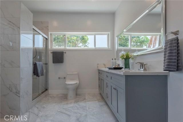 1817 Cochran Place, Los Angeles CA: http://media.crmls.org/medias/d009184a-e56e-4483-8cb2-e90b7aec19f8.jpg