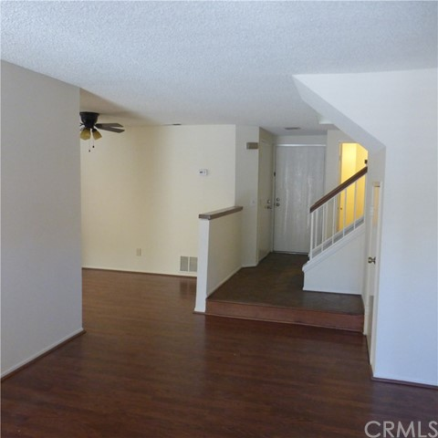 625 Doral Street, Ontario CA: http://media.crmls.org/medias/d0137a51-fa88-4928-8bab-60d74aa32d5c.jpg