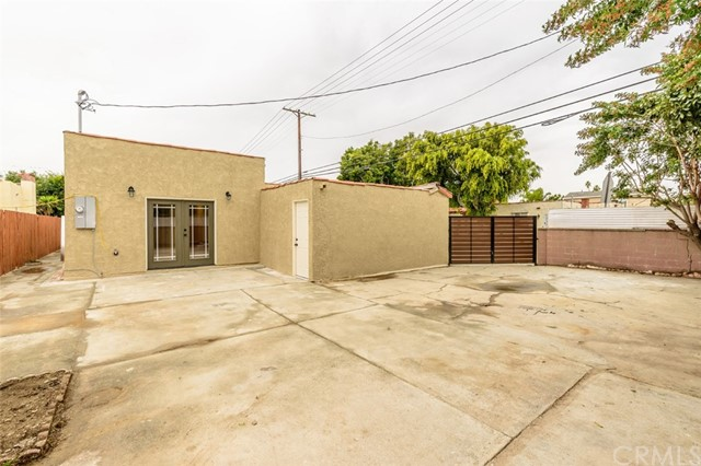 8900 S Hobart Bl, Los Angeles, CA 90047 Photo 30