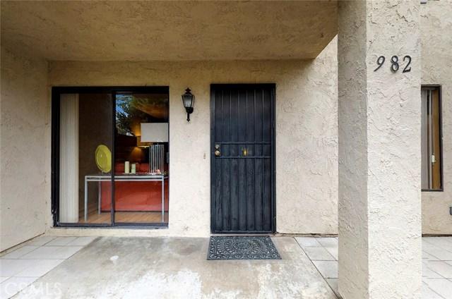 982 W Lamark Ln, Anaheim, CA 92802 Photo 14