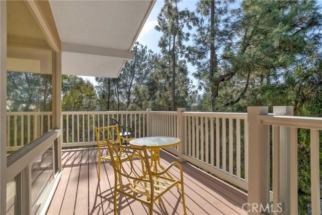 18 Ranchview Road, Rolling Hills Estates CA: http://media.crmls.org/medias/d03c8564-9f04-4b55-844b-26ce05d764ec.jpg