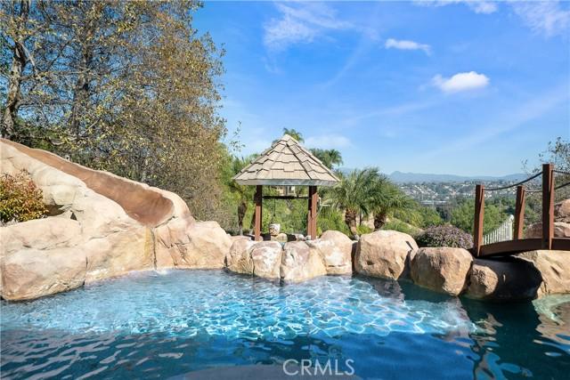 25475 Rodeo Circle, Laguna Hills CA: http://media.crmls.org/medias/d03db23c-8ce3-4c8a-9993-ec613ff08264.jpg