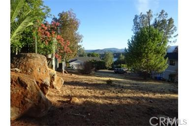 Additional photo for property listing at 18460 Park Point Court  Hidden Valley Lake, California 95467 United States