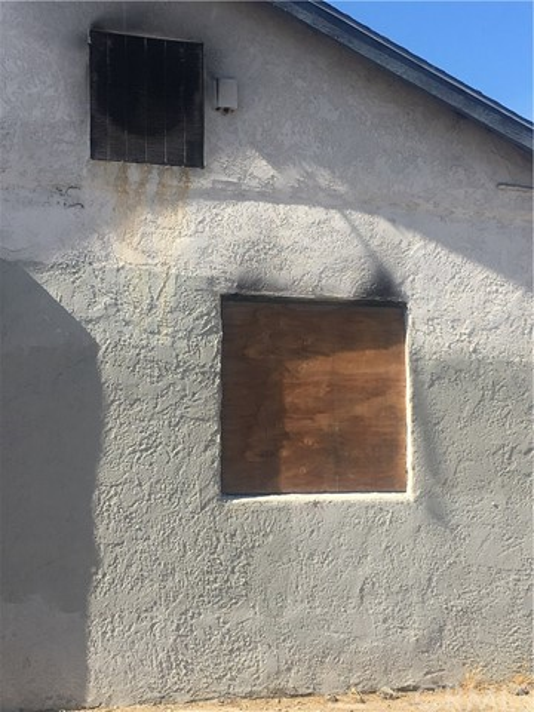 26654 Baseline Street, Highland CA: http://media.crmls.org/medias/d04c9aba-b979-4b8d-80cf-3fa0dc11b421.jpg