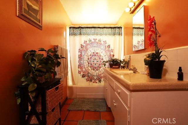 4154 Las Casas Avenue, Claremont CA: http://media.crmls.org/medias/d05a0d64-b0e8-4c5d-a3bb-080d91354415.jpg