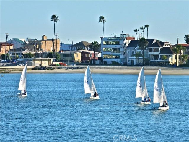 125 Siena Drive, Long Beach CA: http://media.crmls.org/medias/d05a6ac6-16df-4ea1-8b82-7ff35976d3f9.jpg