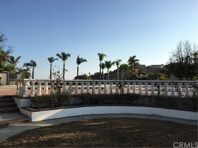 1160 S Tamarisk Drive, Anaheim Hills CA: http://media.crmls.org/medias/d05c8c5e-abd4-4146-9060-fc4cda2e5d1e.jpg