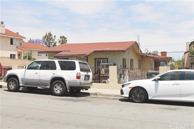 7871 Newman Avenue Unit 4 Huntington Beach, CA 92647 - MLS #: OC18214631