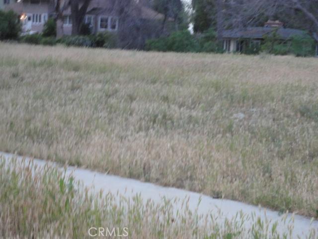 0 Bellevue Court, Redlands CA: http://media.crmls.org/medias/d0792073-4232-446e-ab57-964c883f8961.jpg