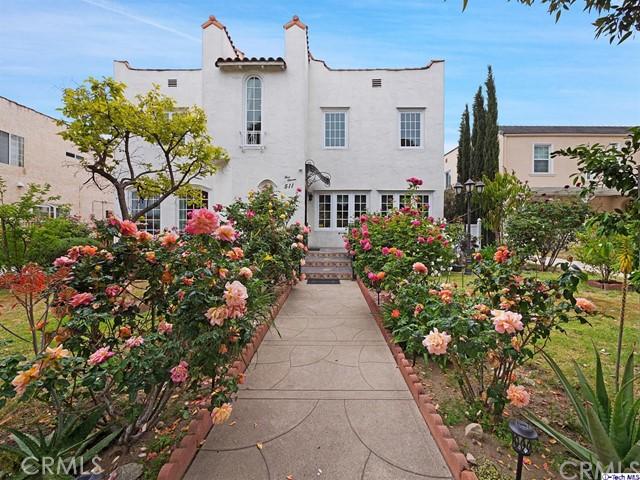 511 Galer Place, Glendale CA: http://media.crmls.org/medias/d079cbd4-fde5-4cb9-b00a-5e96b970320d.jpg