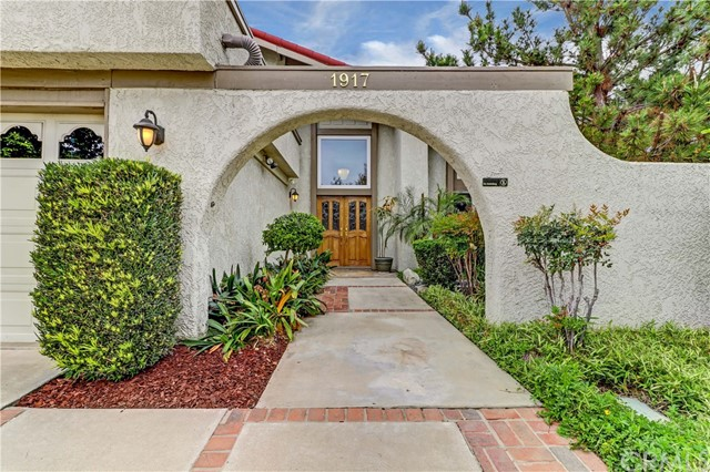 1917 N Palm Way Upland, CA 91784 - MLS #: CV18114079