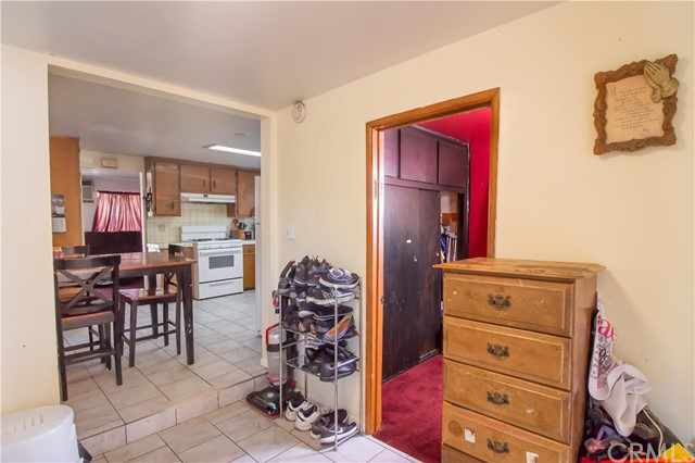 16156 Central Avenue, La Puente CA: http://media.crmls.org/medias/d0858d2e-544d-4936-95b5-8f67ce6f552e.jpg