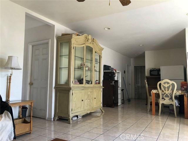 2326 Granada Avenue, South El Monte CA: http://media.crmls.org/medias/d092c86e-5121-4775-ab51-69cd859bc0bf.jpg