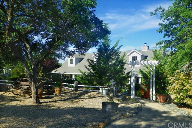 Single Family Home for Sale at 10 Orange Avenue Bangor, California 95914 United States