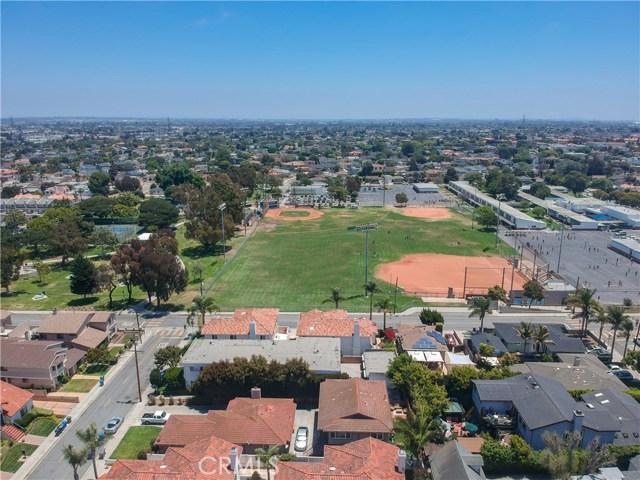 2110 Ernest Avenue, Redondo Beach CA: http://media.crmls.org/medias/d0b1591d-dffc-4b2a-814a-c1759ed5f721.jpg