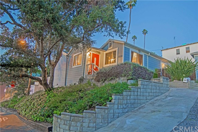 Single Family Home for Sale at 4920 Loleta Avenue Eagle Rock, California 90041 United States