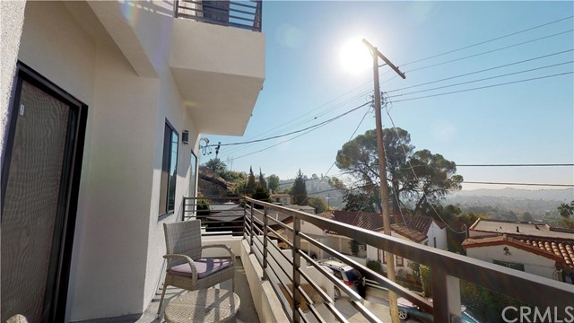 5261 Raber St, Los Angeles, CA 90042 Photo 17