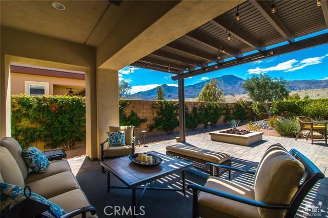 61445 Living Stone Drive, La Quinta CA: http://media.crmls.org/medias/d0bb0bc8-50d6-4d8f-a154-9ba4493240a0.jpg