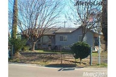 Combo - Residential and Commer for Sale at 306 Fransil Lane Turlock, California 95380 United States