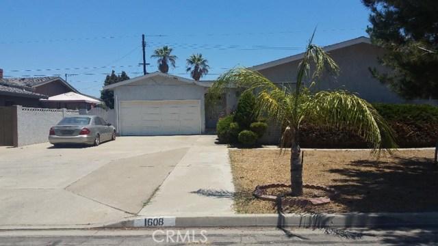 1608 S Songish St, Anaheim, CA 92804 Photo 2