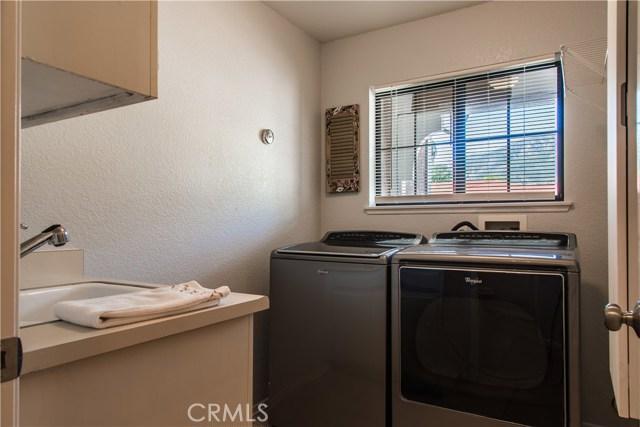 2468 Highland Road, Upland CA: http://media.crmls.org/medias/d0d8e556-1215-42c7-85c2-c1064ba1cced.jpg