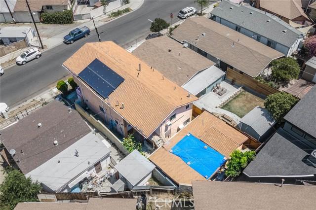 5682 ALDAMA Street, Highland Park CA: http://media.crmls.org/medias/d0e09167-3e05-4ef5-9fd4-33b5f448ac5b.jpg