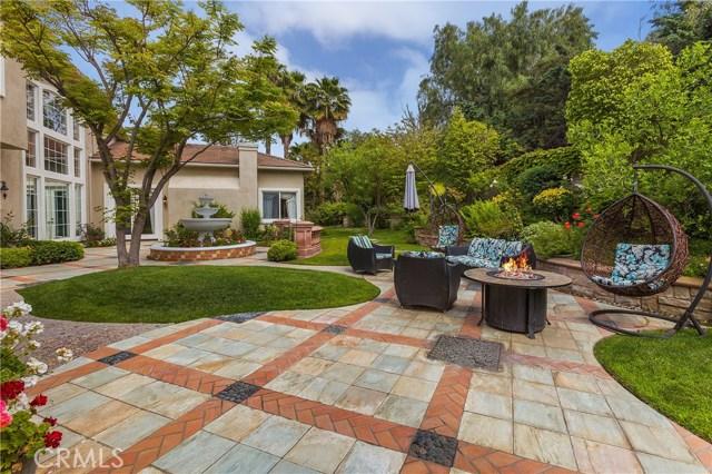 5100 E Copa De Oro Drive, Anaheim Hills CA: http://media.crmls.org/medias/d0e74b20-e5e8-4d49-8dc7-999fba630daf.jpg