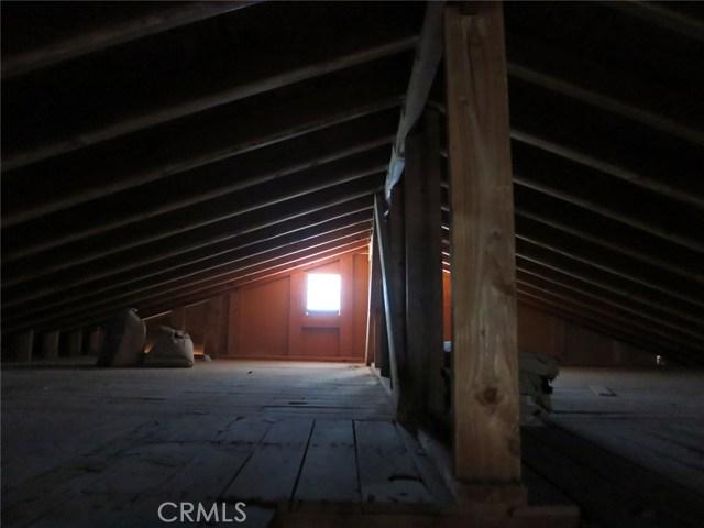 102 Erin Drive, Needles CA: http://media.crmls.org/medias/d0f4761c-cd2b-4b69-a2ed-b0c50c165c60.jpg