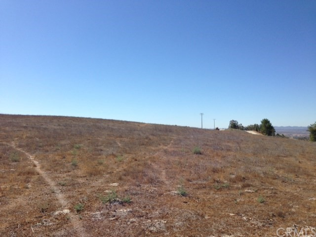 Property for sale at 0 Rolling Hills Way, Creston,  California 93432