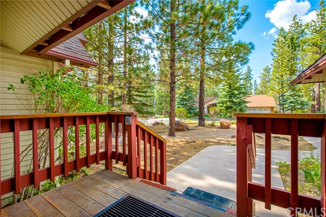 42355 Heavenly Valley Road, Big Bear CA: http://media.crmls.org/medias/d117195b-ac68-4e51-aa46-19b112fbe94d.jpg