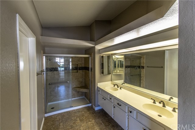 24365 Peppermill Drive, Moreno Valley CA: http://media.crmls.org/medias/d11853b2-a88f-4357-b64b-a2ef3ca8461d.jpg