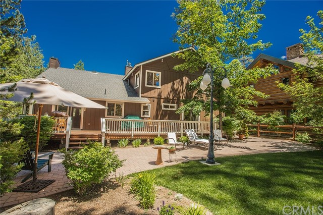 116 Marina Point Drive, Big Bear CA: http://media.crmls.org/medias/d121b942-31a2-4d36-a038-0d44a88e971a.jpg