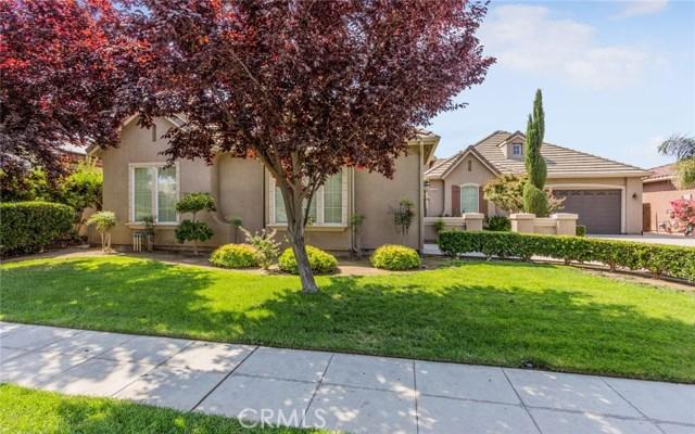 独户住宅 为 销售 在 152 Omaha Avenue Clovis, 加利福尼亚州 93619 美国