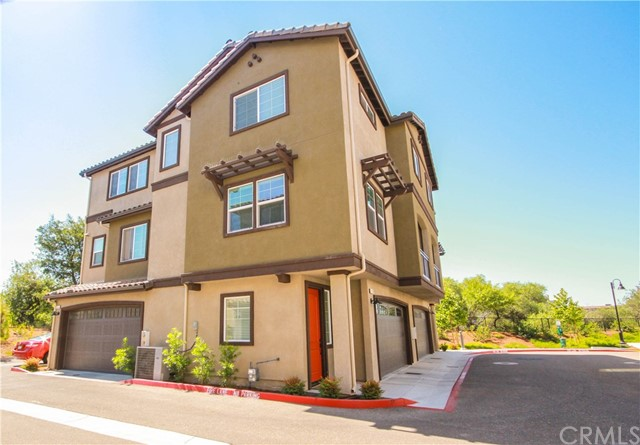 948 Bay Leaf Drive, San Luis Obispo, CA 93401