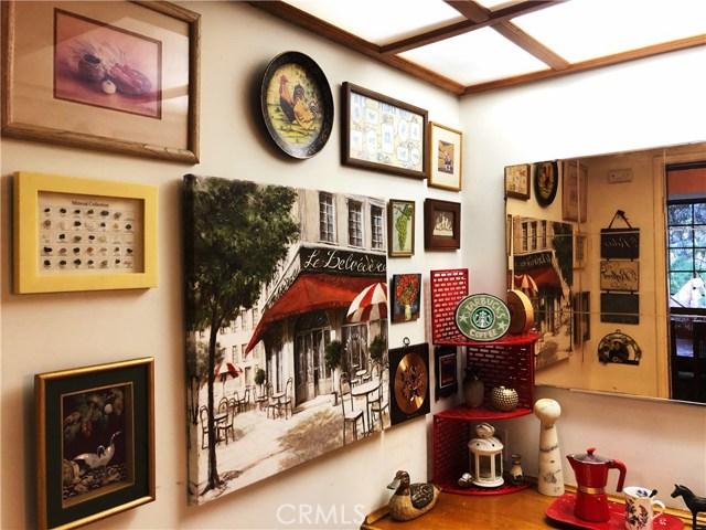 1574 Dorothea Road, La Habra Heights CA: http://media.crmls.org/medias/d15919a1-3dea-4211-a09b-9ef45cc0f221.jpg