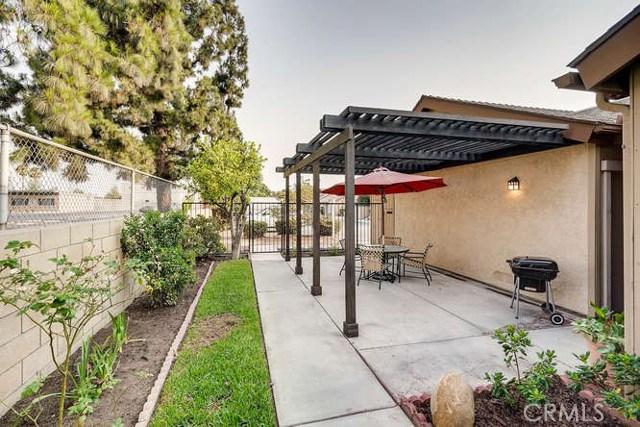 932 S Laurelwood Ln, Anaheim, CA 92806 Photo 6