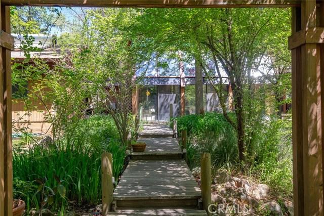 4040 Amelia Drive, Mariposa CA: http://media.crmls.org/medias/d16f0f9c-a361-4459-b269-5031f491d03c.jpg