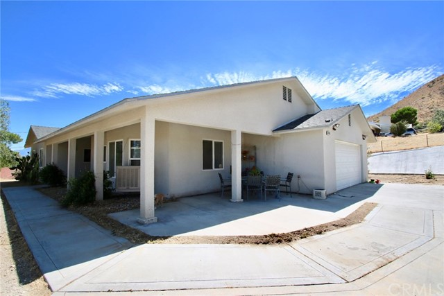 48959 Buena Vista Dr, Morongo Valley, CA 92256 Photo
