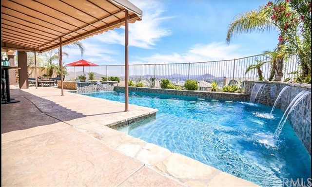 15 Via Niccolo Court, Lake Elsinore, CA 92532