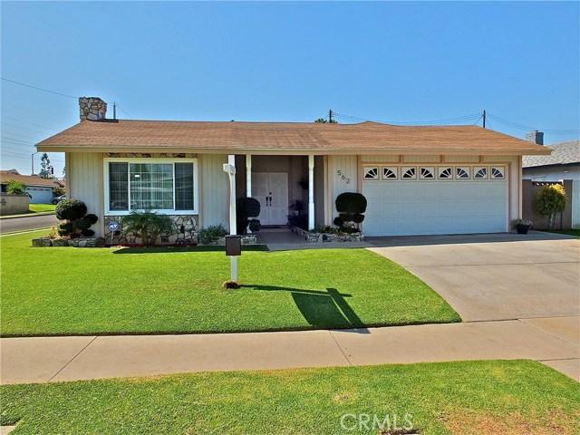 562 E Kenbridge Drive, Carson CA: http://media.crmls.org/medias/d17c2d83-d073-4760-a4d8-5939ac55e780.jpg
