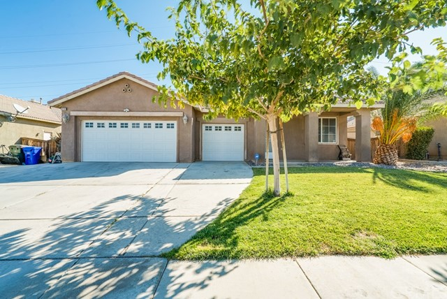 Detail Gallery Image 1 of 27 For 12737 Biscayne Ave, Victorville, CA 92392 - 4 Beds | 2 Baths