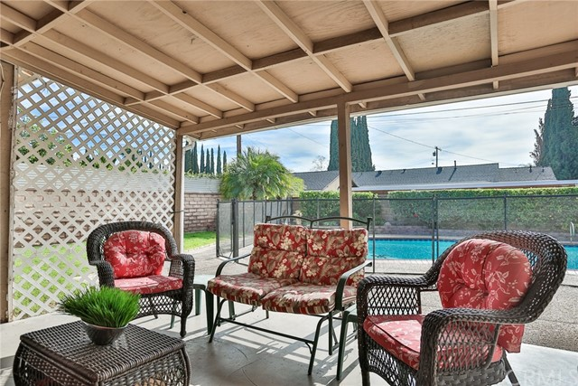 1446 E Blossom Ln, Anaheim, CA 92805 Photo 4