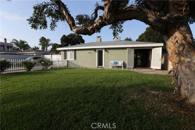 352 E 18th Street, Costa Mesa CA: http://media.crmls.org/medias/d17e808e-9213-433c-a2d7-25784680b6d0.jpg