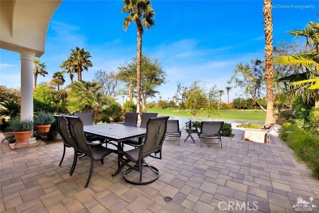 79840 Rancho La Quinta Drive, La Quinta CA: http://media.crmls.org/medias/d19070ef-06b1-4975-be4d-a8793b1f09bf.jpg